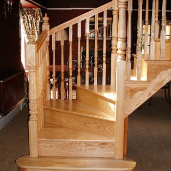 Ash Cut String Winder Staircase with Turned Balusters & Newel Posts, Crosby.